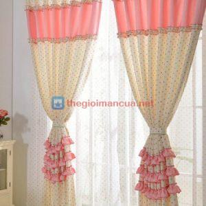 Rèm cửa sổ phòng bé gái màu hồng
