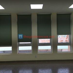 Màn cửa sổ dạng cuốn tphcm giá rẻ