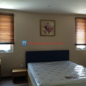 Rèm gỗ cửa sổ phòng ngủ che nắng